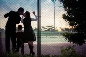 記念照; 回味過去校園談戀愛的日子