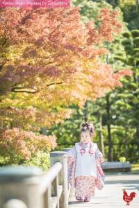 小女孩於京都獨自慢步
